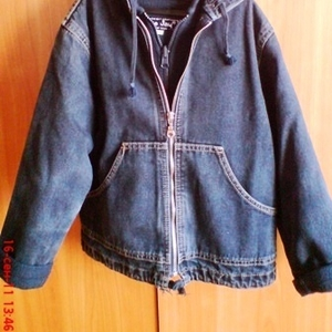 Демисезонная джинсовая куртка