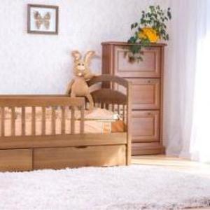 Кровать из натурального дерева *Карина*
