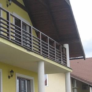 Балконы,  террасы.