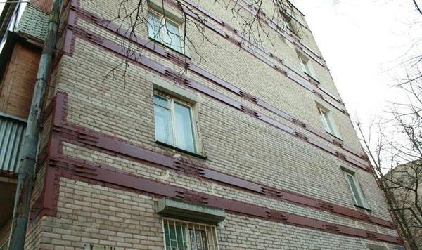 Утепление домов,  стяжка дома металлическим каркасом. 2