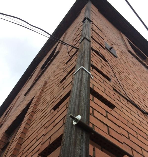 Утепление домов,  стяжка дома металлическим каркасом. 6